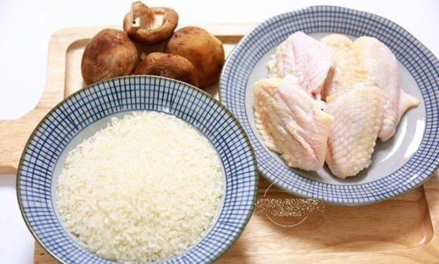 Đổ cả gà lẫn gạo vào nồi cơm điện, sáng ra có món ngon thần thánh, cả nhà tấm tắc - Ảnh 2.