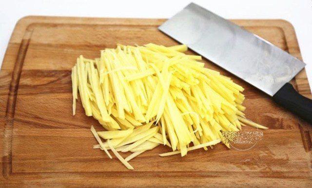 Bánh trứng khoai tây vừa đẹp mắt lại đủ chất dinh dưỡng cho cả nhà - Ảnh 3.
