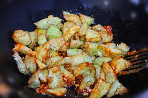 Chán thịt, mang cà tím ra chiên giòn sốt chua ngọt khiến cả nhà thích mê - Ảnh 6.