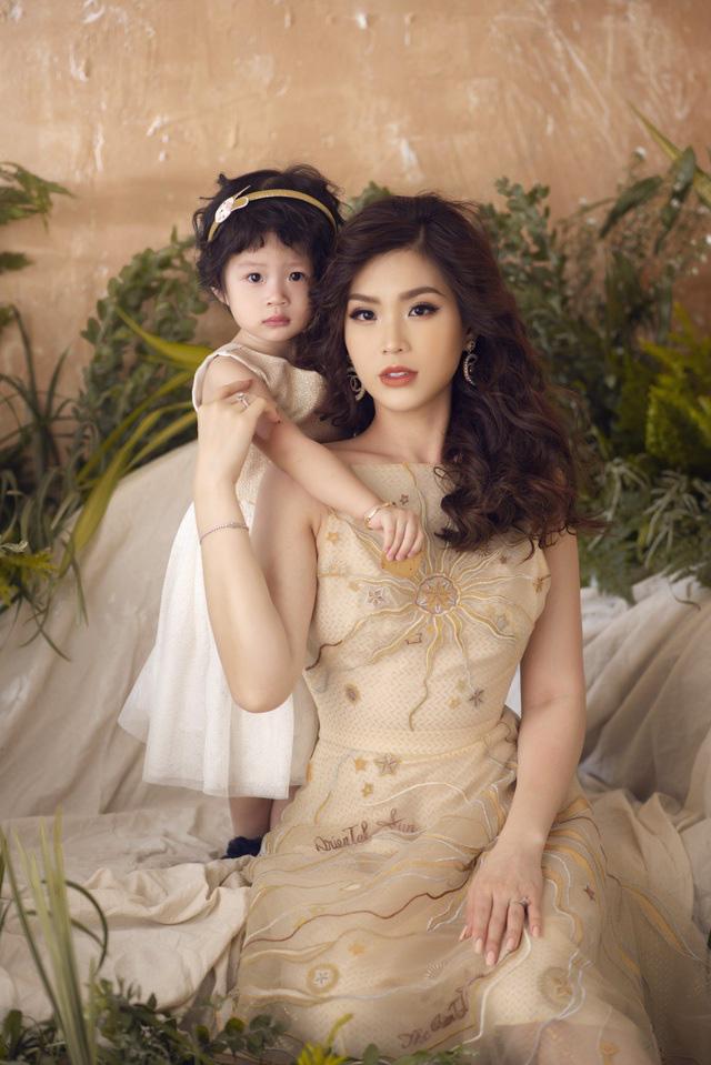 Á hậu Diễm Trang: Tham vọng trở thành MC thành công và doanh nhân thành đạt - Ảnh 1.