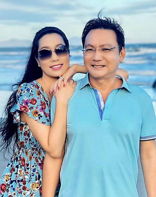 Trịnh Kim Chi quấn quýt chồng đại gia - Ảnh 3.