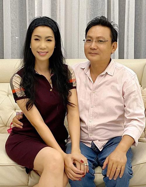 Trịnh Kim Chi quấn quýt chồng đại gia - Ảnh 5.