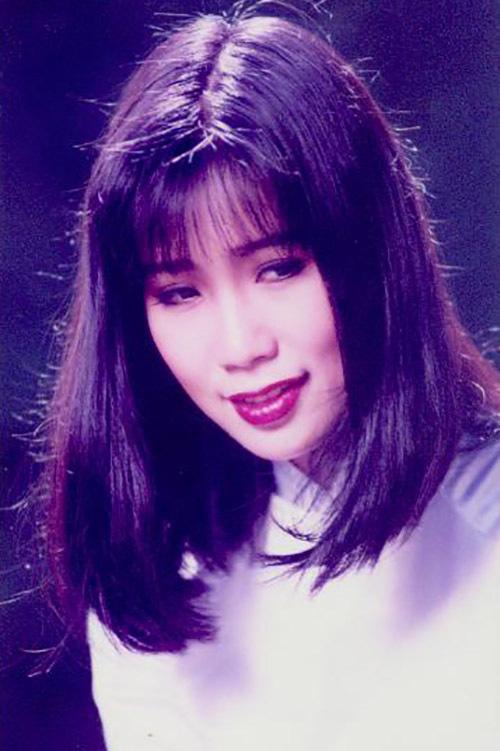 Trịnh Kim Chi quấn quýt chồng đại gia - Ảnh 9.