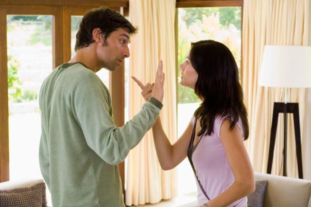 Chồng chết đứng vì lý do vợ đòi ra ở riêng có một không hai trên đời  - Ảnh 1.