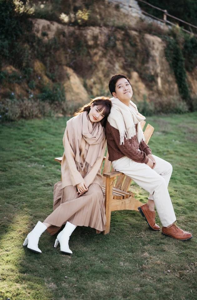 Sơn Tùng diện đồ như trai châu Âu, Trấn Thành đeo túi Dior 2.700 USD - Ảnh 3.