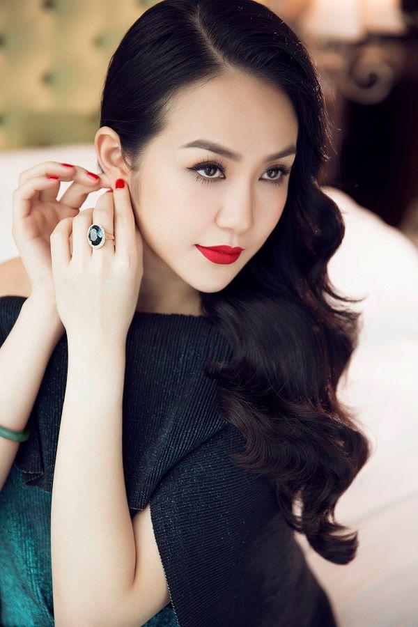 Hương Baby- từ hotgirl nhà giàu đến người vợ giỏi giang khiến Tuấn Hưng nể phục - Ảnh 3.