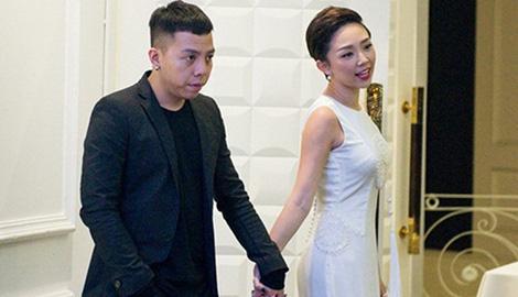 Động thái của gia đình, bạn bè trước lễ cưới Tóc Tiên - Hoàng Touliver - Ảnh 2.