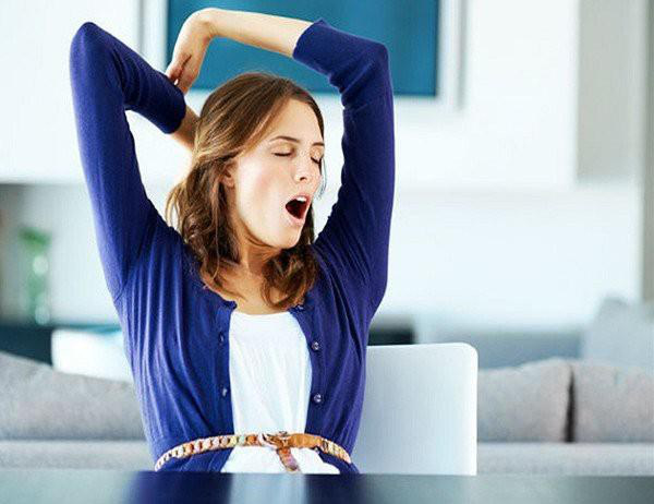 Không thiếu ngủ mà vẫn ngáp, dấu hiệu cảnh báo nhiều bệnh hiểm nghèo - Ảnh 3.