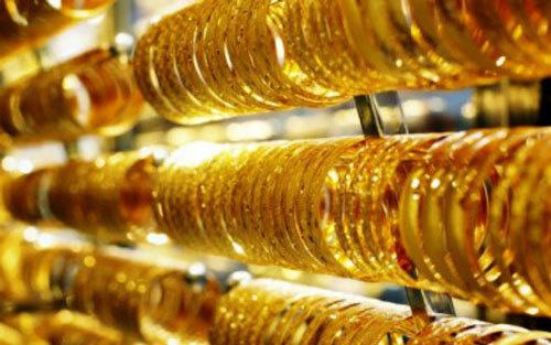 Giá vàng hôm nay 24/2: Nhảy vọt lên gần 47 triệu đồng/lượng - Ảnh 1.