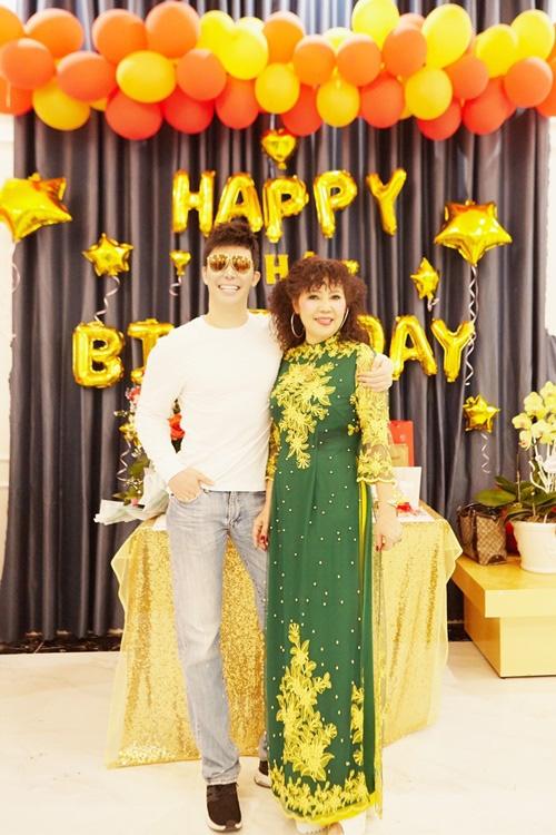 Giọng ca Xinh tổ chức sinh nhật cho mẹ tại biệt thự ở Vũng Tàu lộ không gian bên trong khiến ai cũng phải xuýt xoa - Ảnh 2.