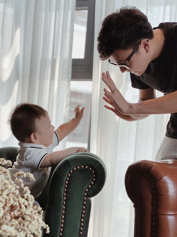 Cậu con trai hơn tuổi vô cùng đáng yêu của Á hậu Dương Tú Anh - Ảnh 7.