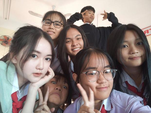 Nữ sinh Sài Gòn 15 tuổi khoe ảnh dậy thì thành công bị dân tình nghi ngờ lạm dụng photoshop quá đà lên tiếng thanh minh - Ảnh 7.