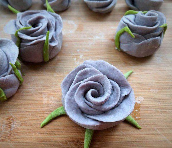 Mẹ trổ tài làm bánh hoa hồng, chồng con ai cũng lặng người vì quá đẹp và ngon - Ảnh 8.