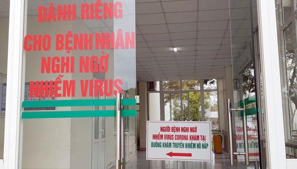 Lào Cai khoanh vùng, cách ly tạm thời 5 khu vực vì 2 du khách Anh nhiễm COVID-19 - Ảnh 4.