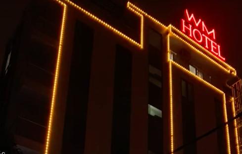 """Khách sạn nơi hàng chục hot girl """"bay lắc"""" được cảnh giới nghiêm ngặt - Ảnh 4."""