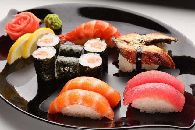6 mối nguy tiềm ẩn có thể xảy ra khiăn đồ sống như sushi, sashimi  - Ảnh 4.