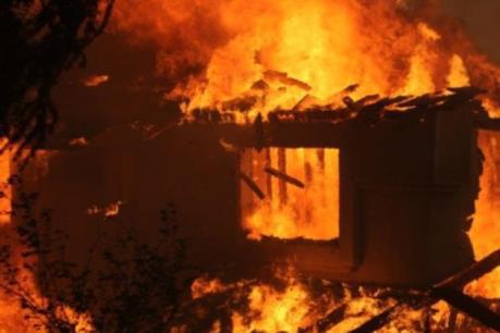 Bắc Kạn: Hỏa hoạn trong đêm, 3 mẹ con tử vong thương tâm - Ảnh 1.
