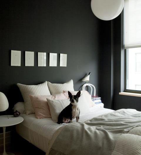 10 thứ nên vứt ra khỏi phòng ngủ ngay lập tức, cái thứ 6 khiến ai cũng ngã ngửa vì bất ngờ - Ảnh 4.