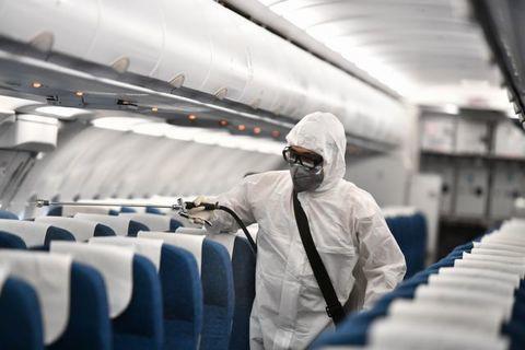 Bộ Y tế thông báo khẩn về 8 chuyến bay về Nội Bài, Phú Quốc, TP.HCM có khách nhiễm COVID-19 - Ảnh 3.