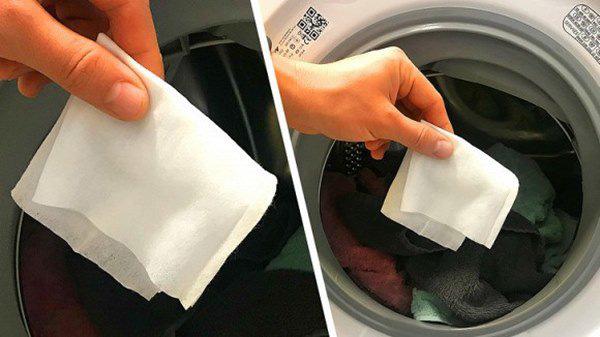 Công dụng của việc cho hai tờ khăn ướt vào máy giặt khiến bà nội trợ nào cũng muốn học theo - Ảnh 3.