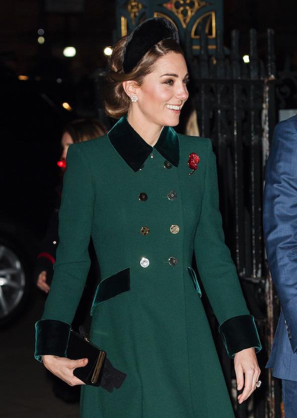 Công nương Anh luôn biết cách mặc đẹp với trang phục màu xanh lá - Ảnh 3.