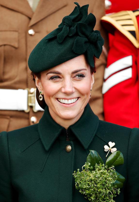 Công nương Anh luôn biết cách mặc đẹp với trang phục màu xanh lá - Ảnh 4.