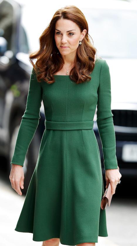 Công nương Anh luôn biết cách mặc đẹp với trang phục màu xanh lá - Ảnh 6.