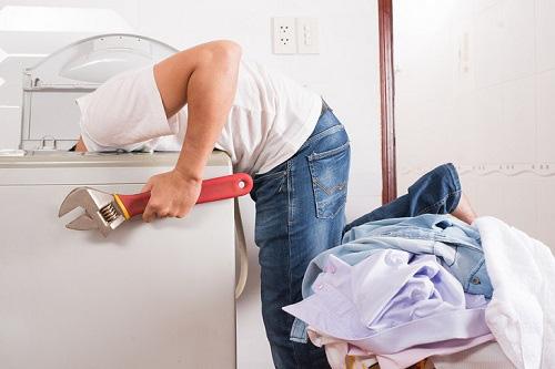 Máy giặt rung lắc và kêu to như tiếng công nông chạy vì một sai lầm mà 90% bà nội trợ hay mắc - Ảnh 3.