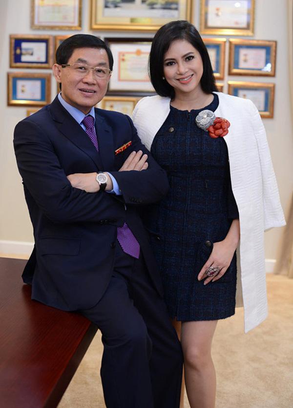 Mẹ hotgirl Tiên Nguyễn là diễn viên nổi tiếng, quyền lực và giàu có như thế nào? - Ảnh 1.