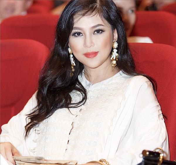 Mẹ hotgirl Tiên Nguyễn là diễn viên nổi tiếng, quyền lực và giàu có như thế nào? - Ảnh 5.