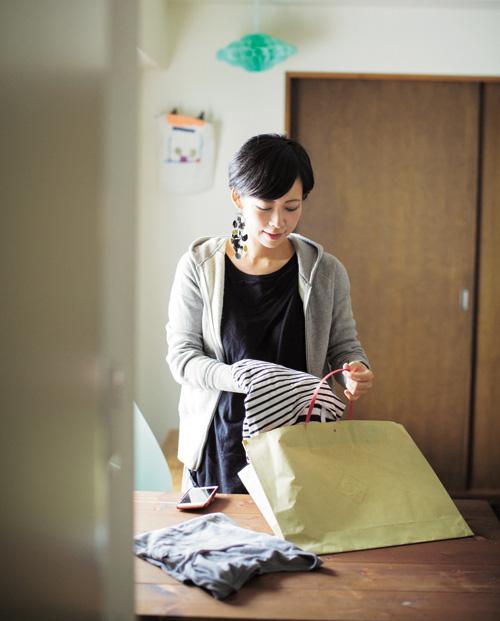 Mẹ Nhật ba con nhàn tênh nhờ vứt bớt đồ đạc  - Ảnh 1.