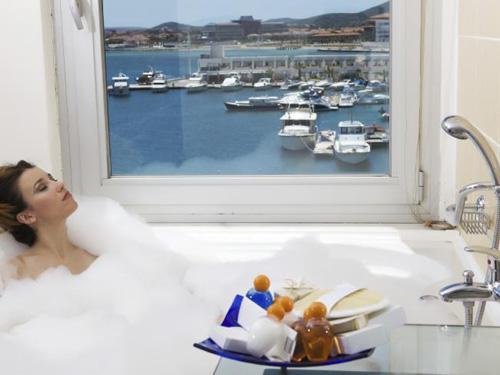 Những sự thật về phòng khách sạn chắc chắn sẽ khiến bạn phải hoảng hốt - Ảnh 2.