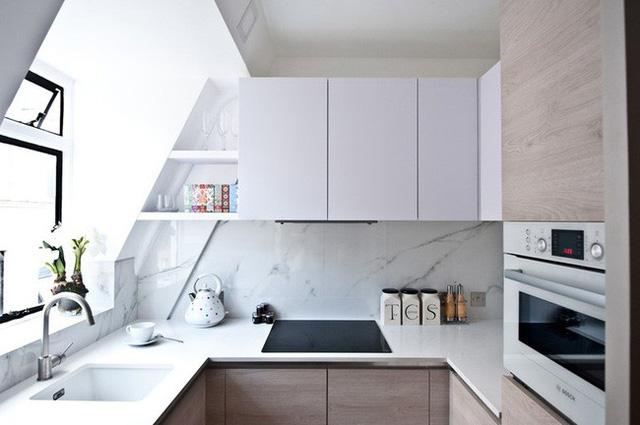 15 căn bếp nhỏ nhưng vẫn khiến người khác phải trầm trồ vì tiện nghi không thiếu thứ gì - Ảnh 2.