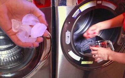 Bỏ vài viên đá lạnh vào máy giặt, xem kết quả mẹ đảm nào cũng muốn học theo - Ảnh 3.