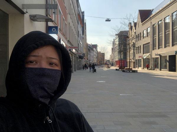 """Du học sinh Việt Nam ở châu Âu: Chọn ở lại là """"tự bảo vệ"""" mình an toàn trước COVID-19 - Ảnh 2."""