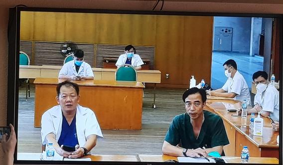 Bạch Mai xin gỡ khó để nhân viên y tế được đến bệnh viện làm việc - Ảnh 3.