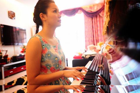 Nơi ở hiện tại của ca sĩ Nguyễn Ngọc Anh khiến nhiều người bất ngờ - Ảnh 15.