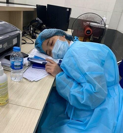 Cán bộ Bệnh viện Bạch Mai được cách ly ở khách sạn Mường Thanh Xa La - Ảnh 4.