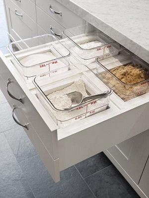 Bạn sẽ tiếc nếu bỏ qua 10 cách lưu trữ cực thông minh này để nhà bếp luôn gọn đẹp - Ảnh 7.