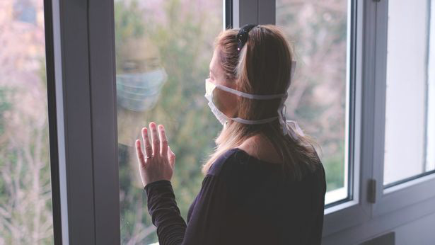 6 năm chung sống, người phụ nữ không biết chồng lén ngoại tình với nhiều người khác, lúc phát hiện lại buộc phải tự cách ly cùng kẻ tệ bạc - Ảnh 1.