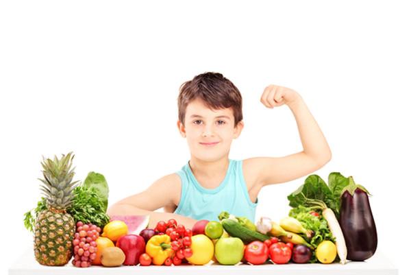 Thấy con tăng cân trong những ngày nghỉ ở nhà phòng dịch, đừng vội mừng, hãy chú ý đến các biểu hiện này để đảm bảo trẻ không 'béo bệnh' - Ảnh 2.