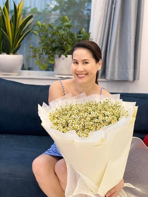 Tăng Thanh Hà tổ chức sinh nhật cho Thân Thúy Hà - Ảnh 3.