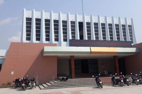 Giám đốc Trung tâm văn hóa ở Bình Định lấy chuông đồng bán đồng nát - Ảnh 1.