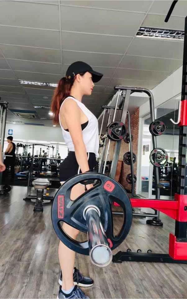 Lê Bê La: Nâng tạ 80 kg, tập đau đớn mới tự tin mặc gợi cảm - Ảnh 7.
