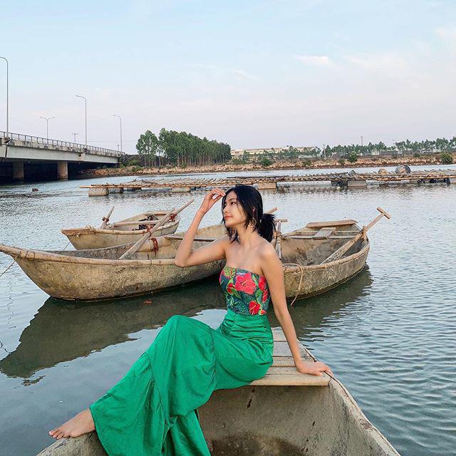 """Sao Việt diện trang phục xanh ngát: Xu hướng màu mới và mẹo """"lên đồ"""" cho nàng da ngăm - Ảnh 4."""