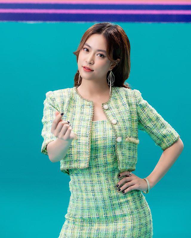 """Sao Việt diện trang phục xanh ngát: Xu hướng màu mới và mẹo """"lên đồ"""" cho nàng da ngăm - Ảnh 5."""