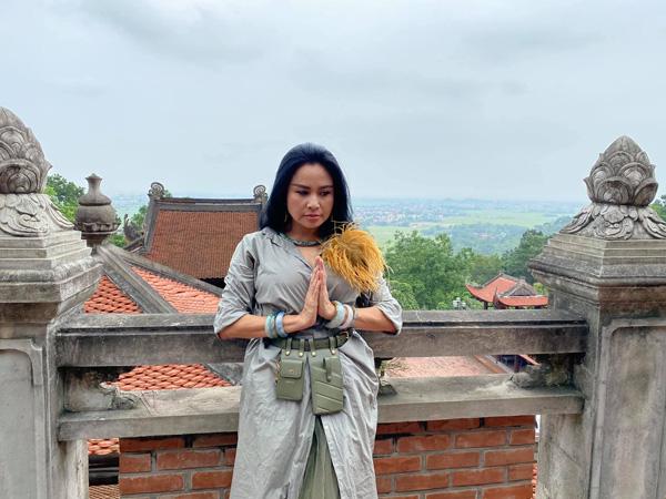 Diva Thanh Lam, Bống Hồng Nhung: Nhan sắc U50 ngọt ngào và đang có bạn trai mới - Ảnh 3.