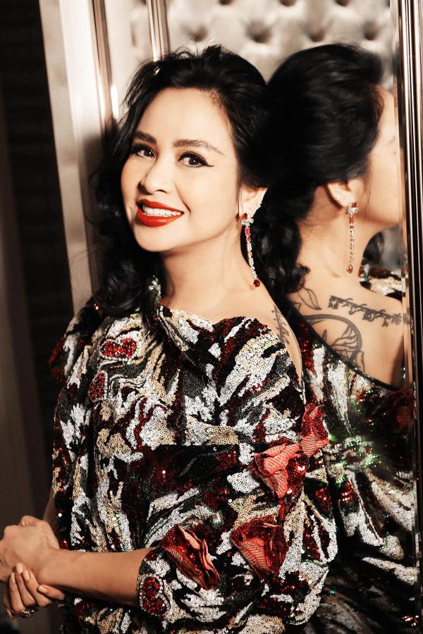 Diva Thanh Lam, Bống Hồng Nhung: Nhan sắc U50 ngọt ngào và đang có bạn trai mới - Ảnh 5.