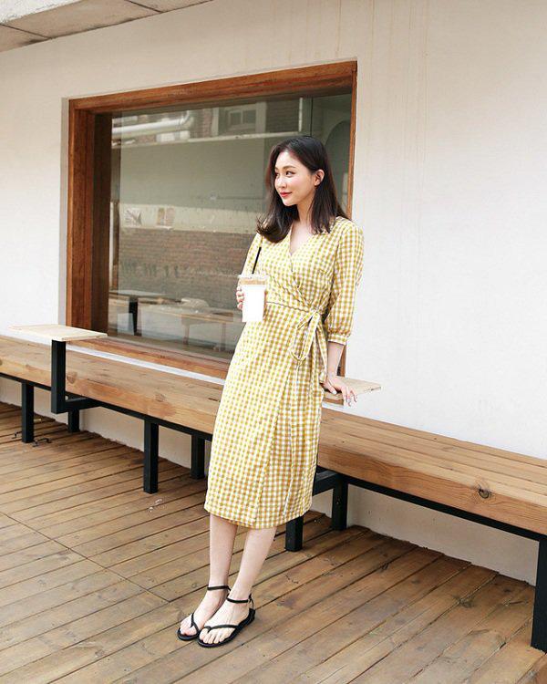Cách chọn váy liền phù hợp vóc dáng - Ảnh 7.