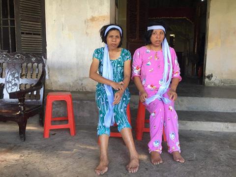 Bố mẹ mất, hai người con bệnh tật không nơi nương tựa - Ảnh 3.